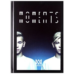 MOMENTS (DELUXE) CD
